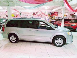 2014 Dodge Grand Caravan SXT * STOW N GO * IMPECCABLE  * MAGS *