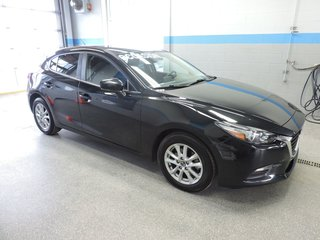 Mazda Mazda3 Sport GS AUTO A/C MAG H-BACK BAS KM 2018