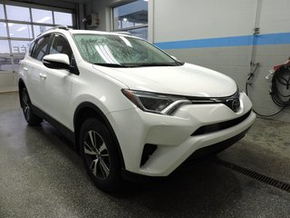 Toyota RAV4 LE AWD CAMERA MAG ET PLUS 2018