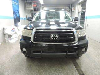 Toyota Tundra SR5 4X4 DOUBLE CAB V8 TRES PROPRE 2010