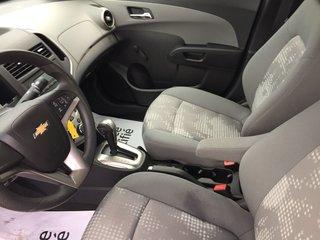 Chevrolet Sonic LS 2014