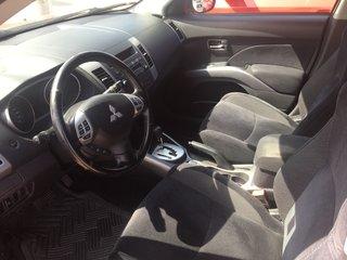 2010 Mitsubishi Outlander ES