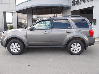 2011 Mazda Tribute GX, 4X2,4 CYLINDRES