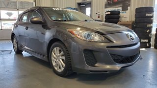 Mazda3 GS-SKY, SIEGES CHAUFFANTS, BLUETOOTH, A/C, MAGS 2012