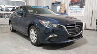 2015 Mazda Mazda3 GS, SIEGES CHAUFFANTS, CAMERA, BLUETOOTH, MAGS,A/C