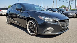 2015  Mazda3 GS, SIEGES CHAUFFANTS, BLUETOOTH, MAGS