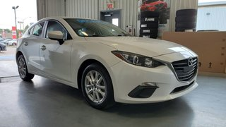 2015  Mazda3 GS, BLUETOOTH, CAMERA, MAGS, A/C, GR ELECTRIQUE