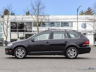 2011 Volkswagen Golf wagon TDI Comfortline at Tip