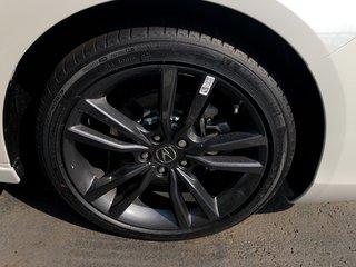 2020 Acura TLX 2.4L P-AWS w/Tech Pkg A-Spec in Markham, Ontario - 4 - w320h240px