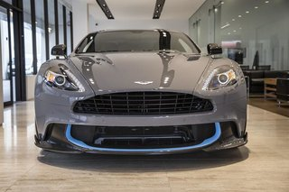 Land Rover Vancouver 2018 Aston Martin Vanquish S Coupe Us0034