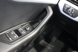 2016 Audi A4 2.0T Komfort plus quattro 6sp in Regina, Saskatchewan - 3 - w320h240px