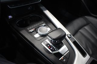 2016 Audi A4 2.0T Komfort plus quattro 6sp in Regina, Saskatchewan - 4 - w320h240px