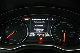 2016 Audi A4 2.0T Komfort plus quattro 6sp in Regina, Saskatchewan - 2 - w320h240px