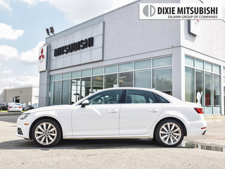 2018 Audi A4 2.0T Komfort quattro 7sp S tronic in Mississauga, Ontario - 3 - w320h240px