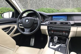 2012 BMW M5 in North Vancouver, British Columbia - 6 - w320h240px
