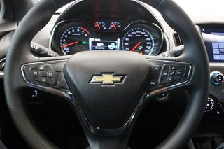 2016 Chevrolet Cruze LT - 6AT in Regina, Saskatchewan - 6 - w320h240px