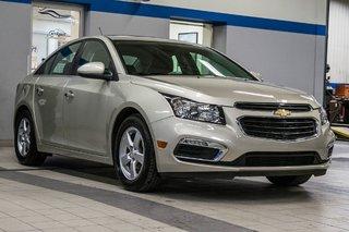 2016 Chevrolet Cruze 2LT ** CUIR ** TOIT ** CAMERA ** in Dollard-des-Ormeaux, Quebec - 4 - w320h240px