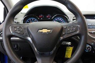 2017 Chevrolet Cruze LT - 6AT in Regina, Saskatchewan - 6 - w320h240px