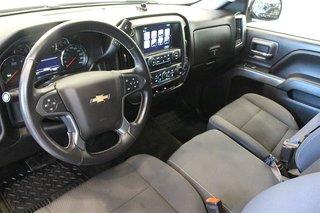 2017 Chevrolet Silverado 1500 Crew 4x4 LT / Short Box in Regina, Saskatchewan - 6 - w320h240px