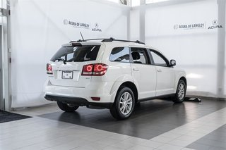 2014 Dodge Journey SXT / Limited in Langley, British Columbia - 4 - w320h240px