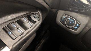 2017 Ford Escape Titanium - 4WD in Regina, Saskatchewan - 3 - w320h240px