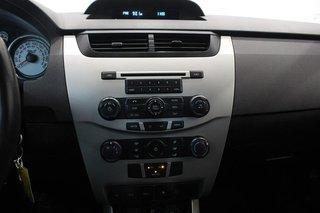 2009 Ford Focus SE 2D Coupe in Regina, Saskatchewan - 5 - w320h240px