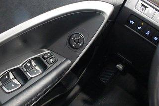 2013 Hyundai Santa Fe XL 3.3L AWD Luxury in Regina, Saskatchewan - 3 - w320h240px
