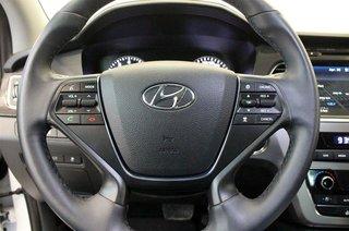 2017 Hyundai Sonata Limited in Regina, Saskatchewan - 6 - w320h240px