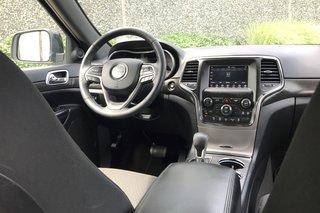2018 Jeep Grand Cherokee 4X4 Laredo in North Vancouver, British Columbia - 4 - w320h240px