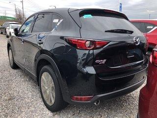 Mazda CX-5 Signature AWD at 2019