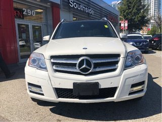 2011 Mercedes-Benz GLK350 4MATIC in Vancouver, British Columbia - 2 - w320h240px