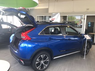 2019 Mitsubishi ECLIPSE CROSS GT S-AWC (2) in Mississauga, Ontario - 4 - w320h240px