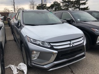 2019 Mitsubishi ECLIPSE CROSS SE S-AWC in Mississauga, Ontario - 4 - w320h240px