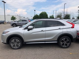 2019 Mitsubishi ECLIPSE CROSS SE S-AWC in Mississauga, Ontario - 2 - w320h240px