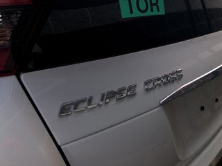 2020 Mitsubishi ECLIPSE CROSS SE S-AWC in Mississauga, Ontario - 2 - w320h240px
