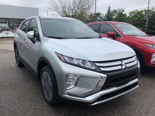 2020 Mitsubishi ECLIPSE CROSS ES S-AWC in Mississauga, Ontario - 5 - w320h240px