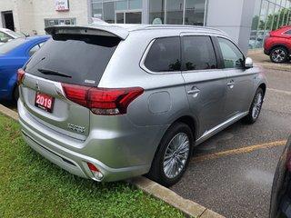2019 Mitsubishi OUTLANDER PHEV SE S-AWC in Mississauga, Ontario - 4 - w320h240px