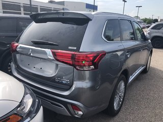 2019 Mitsubishi OUTLANDER PHEV GT S-AWC in Mississauga, Ontario - 3 - w320h240px