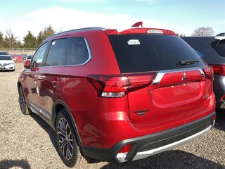 2018 Mitsubishi Outlander ES AWC Touring in Markham, Ontario - 2 - w320h240px