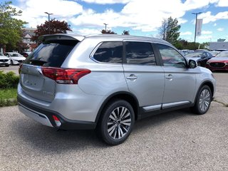 2019 Mitsubishi Outlander ES AWC Touring in Mississauga, Ontario - 4 - w320h240px