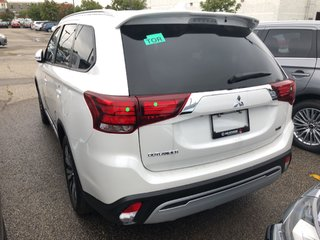2020 Mitsubishi Outlander EX S-AWC in Mississauga, Ontario - 2 - w320h240px