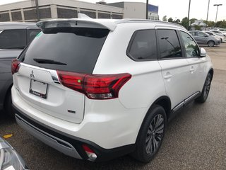 2020 Mitsubishi Outlander EX S-AWC in Mississauga, Ontario - 3 - w320h240px