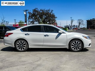 2016 Nissan Altima Sedan 2.5 SV CVT in Mississauga, Ontario - 4 - w320h240px