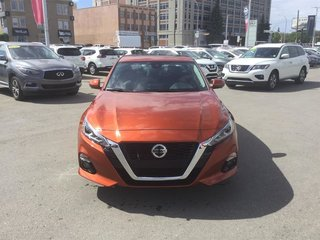 2019 Nissan Altima Sedan 2.5 Platinum CVT in Regina, Saskatchewan - 2 - w320h240px