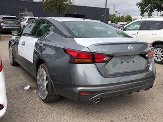 2019 Nissan Altima Sedan 2.5 Platinum CVT in Mississauga, Ontario - 5 - w320h240px