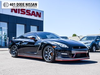 2015 Nissan GT-R Black Edition in Mississauga, Ontario - 3 - w320h240px