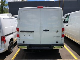 2019 Nissan NV 3500 Cargo SV V8 Standard Roof in Mississauga, Ontario - 4 - w320h240px