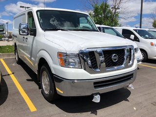2019 Nissan NV 3500 Cargo SV V8 Standard Roof in Mississauga, Ontario - 3 - w320h240px