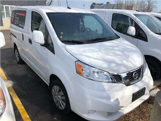 2018 Nissan NV200 Compact Cargo SV in Mississauga, Ontario - 2 - w320h240px