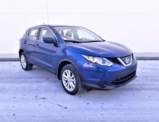 2018 Nissan Qashqai S FWD CVT (2) in Vancouver, British Columbia - 2 - w320h240px